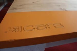 Vergadertafel met logo Icera