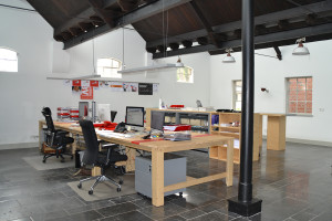 Sterk tafels Studio STeigerhout